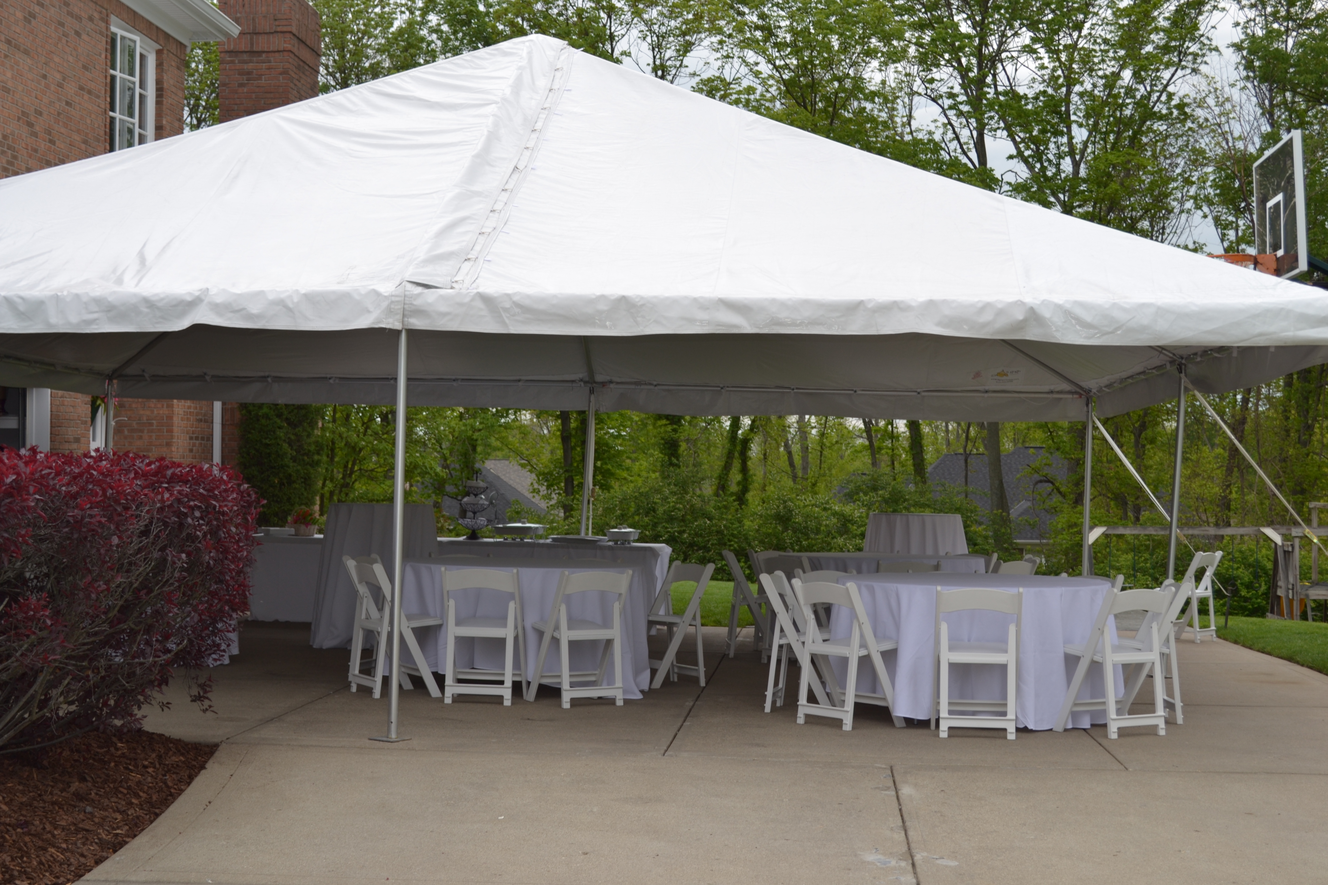 Leave ... & 20 x 20 frame tent - Uptown Rentals