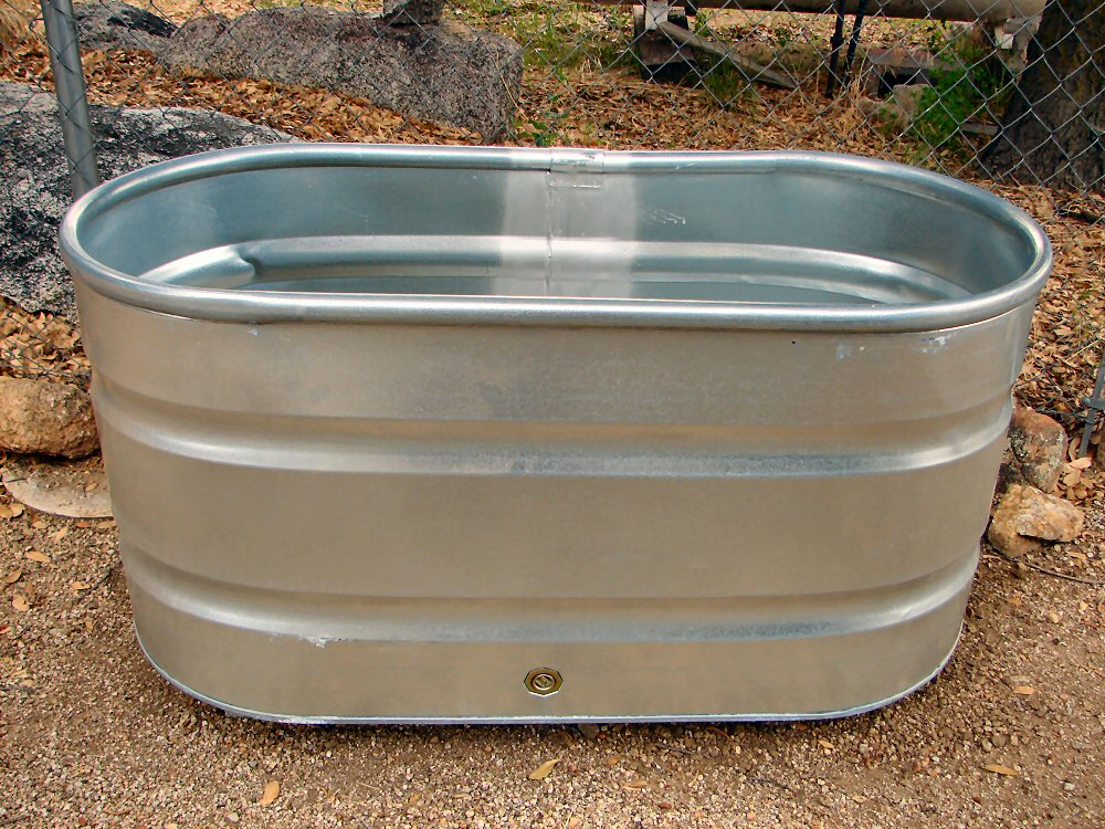 Metal Trough Bathtub : Galvanized Tub, Large - Uptown Rentals