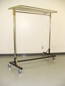 Rack, Garment Rack w/wheels
